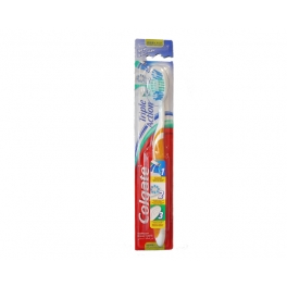 COLGATE TANDENBORSTEL TRIPLE ACTION MEDIUM